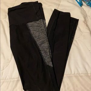 High rise black and grey pocket legging